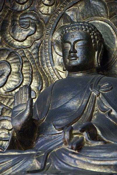 説法釈迦像